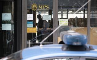 http://www.seguonews.it/mussomeli-banditi-disarmati-assaltano-monte-paschi-bottino-2mila-euro