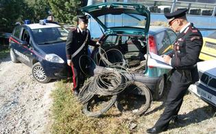 http://www.seguonews.it/furti-di-cavi-elettrici-nel-nisseno-tre-arrestati-nove-quintali-di-rame-ritrovati-a-gela