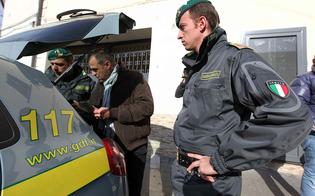http://www.seguonews.it/giro-di-fatture-false-per-fornitura-carta-arrestate-5-persone-tra-gela-e-niscemi