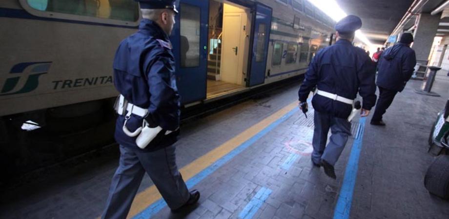 Ruba 10 chili di rame dai binari, giovane di San Cataldo blocca treno. Denunciato dalla Polizia Ferroviaria