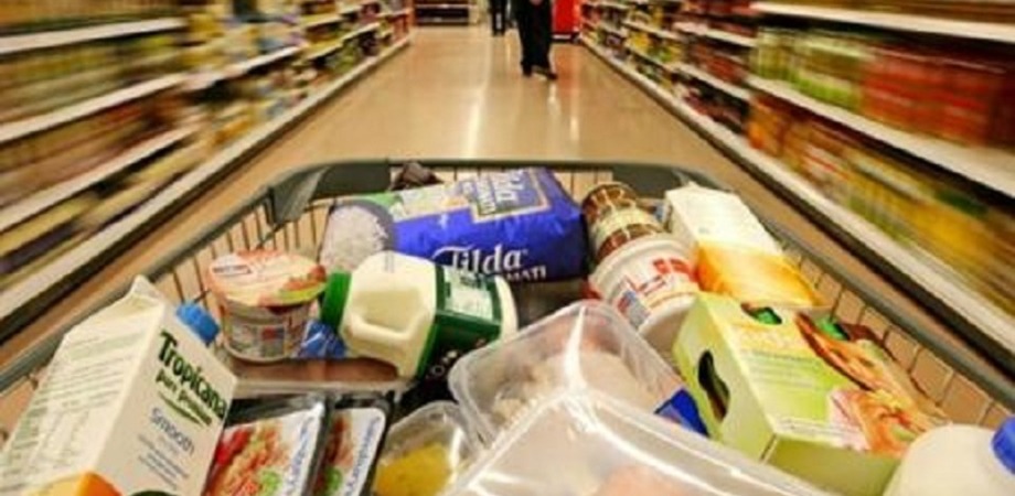 Sabato una raccolta alimentare per i disagiati: la Croce Rossa chiede a tutti un piccolo aiuto
