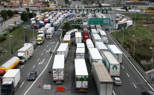 http://www.seguonews.it/lunedi-da-incubo-in-sicilia-confermato-lo-sciopero-dei-tir-per-5-giorni