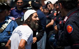 http://www.seguonews.it/irruzione-turi-vaccaro-base-muos-niscemi-danneggiate-apparecchiature-attivsta-bloccato-dai-marines-denunciato