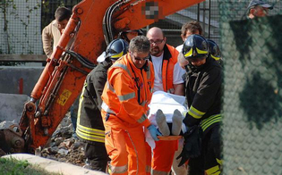 http://www.seguonews.it/tragedia-sul-lavoro-nel-nisseno-operaio-ucciso-da-ruspa-guidata-dal-collega-aperta-inchiesta