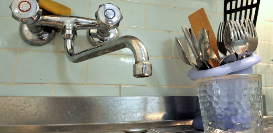Marianopoli, ancora un guasto lungo la condotta: rubinetti a secco fino a domani
