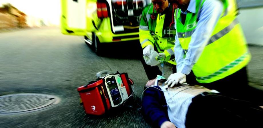 Caltanissetta. Poliziotto medico per caso: salva giovane colto da arresto cardiaco