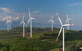 http://www.seguonews.it/parco-eolico-mai-completato-gdf-di-caltanissetta-segnala-caso-alla-corte-dei-conti
