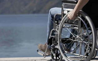 https://www.seguonews.it/allospedale-di-gela-per-le-sedie-a-rotelle-servira-mettere-un-euro-presto-verra-introdotto-il-gettone