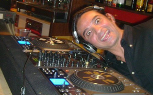 http://www.seguonews.it/domenica-di-pasqua-in-music-al-corona-wine-bar