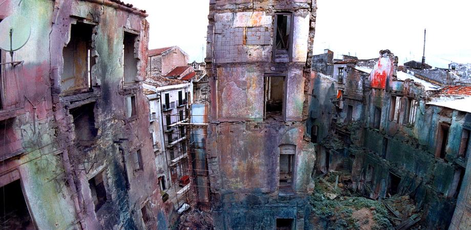Caltanissetta, allarme case pericolanti in centro storico. Il Comune obbliga i proprietari alla messa in sicurezza
