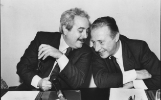 http://www.seguonews.it/antimafia-corrao-m5s-audizione-desecretata-di-borsellino-mette-i-brividi