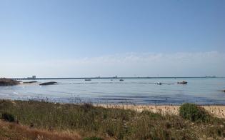 http://www.seguonews.it/petrolio-in-mare-a-gela-sotto-inchiesta-5-tecnici-della-raffineria-eni