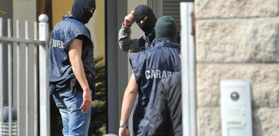 """Racket nel Nisseno, arrestato imprenditore edile. """"Estorceva soldi per la cosca mafiosa di Gela"""""""