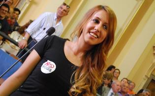 http://www.seguonews.it/manuela-la-consigliera-pasionaria-no-muos-in-aula-sfoggia-la-t-shirt-anti-usa