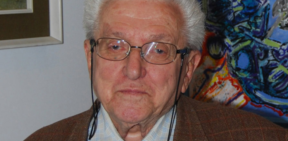 Caltanissetta. L'ex senatore Arnone dona biblioteca di 8mila libri alla società Storia Patria