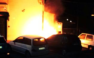 http://www.seguonews.it/notte-di-fuoco-a-caltanissetta-e-a-gela-bruciate-le-auto-di-due-donne