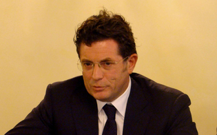 http://www.seguonews.it/il-futuro-del-petrolchimico-montante-eni-non-fugge-il-sito-di-gela-sara-rilanciato