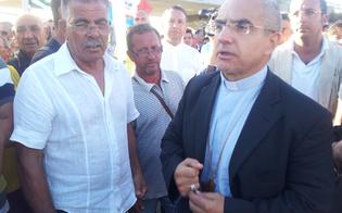 http://www.seguonews.it/il-vescovo-gisana-scrive-ai-dirigenti-eni-non-tagli-ma-investimenti-a-gela