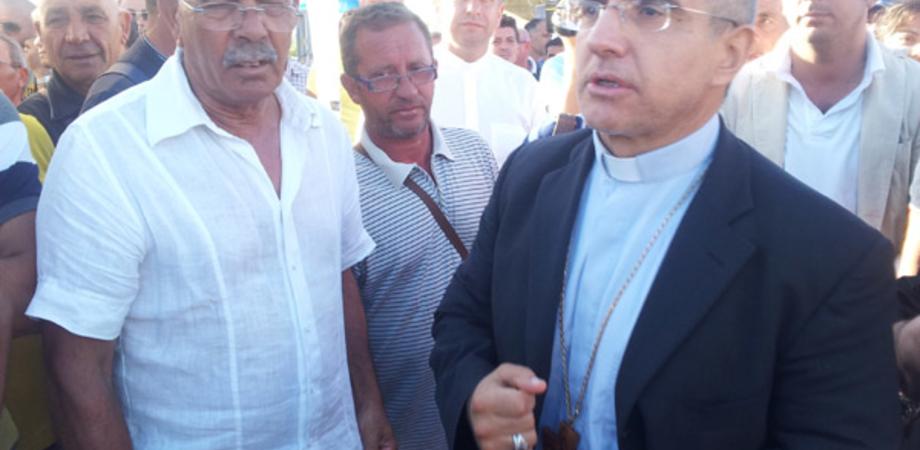 """Il vescovo Gisana scrive ai dirigenti Eni: 'Non tagli ma investimenti a Gela"""""""