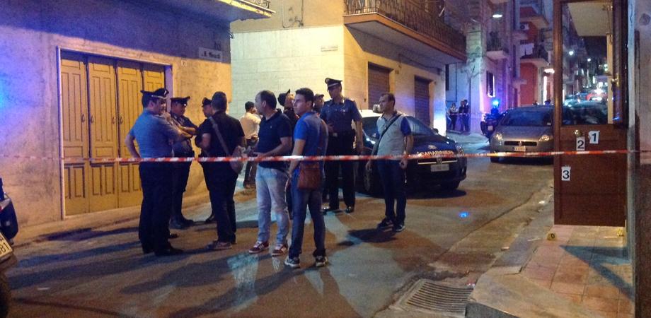 Imboscata a Gela: sicari sparano in casa a giovane albanese con precedenti penali