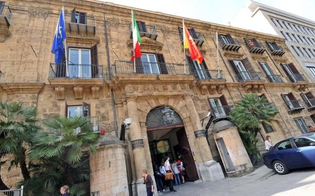 http://www.seguonews.it/regione-assessorati-tutti-promossi-a-pieni-voti-m5s-peccato-che-e-una-vecchia-carretta