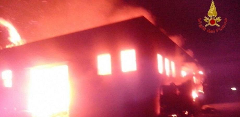 Incendio doloso nel ragusano: è il quinto nelle ultime due settimane