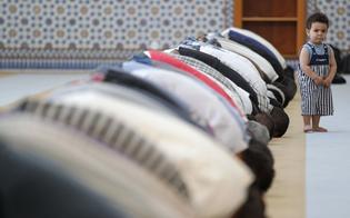 http://www.seguonews.it/caltanissetta-polemiche-per-il-dopo-ramadan-in-piazza-irrispettoso-celebrarlo-fra-due-chiese