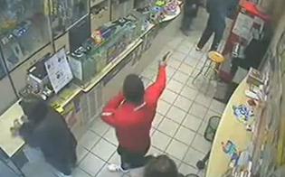 https://www.seguonews.it/gela-tenta-rapina-ad-un-supermercato-ma-il-colpo-fallisce-per-larrivo-della-polizia