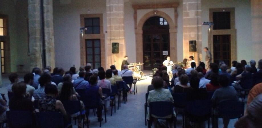"""I concerti del giovedì"". Oggi Bellini Saxophone Ensemble all'atrio Scarabelli"