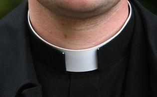 https://www.seguonews.it/abusi-sessuali-su-un-minorenne-in-un-oratorio-di-enna-sequestrato-il-computer-del-sacerdote
