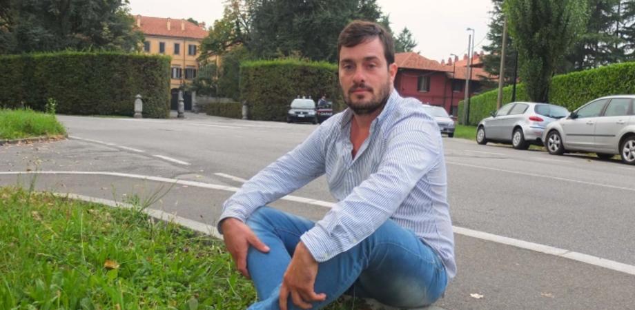 """Ruby gate. Gelese dorme davanti villa di Arcore. """"Difesi Berlusconi, voglio un lavoro"""""""
