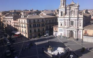 http://www.seguonews.it/centro-storico-di-caltanissetta-chiuso-al-traffico-al-sindaco-lidea-dei-green-block-piace-a-meta