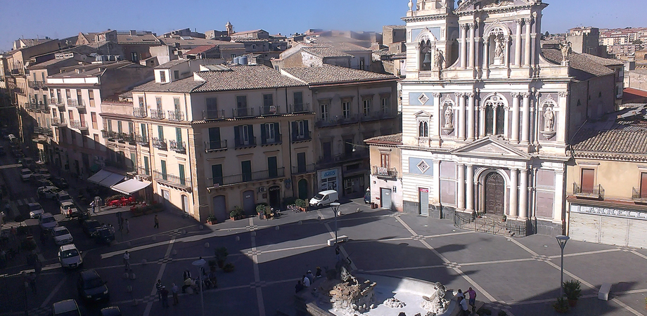 Centro storico di Caltanissetta chiuso al traffico. Al sindaco l'idea dei Green Block piace a metà