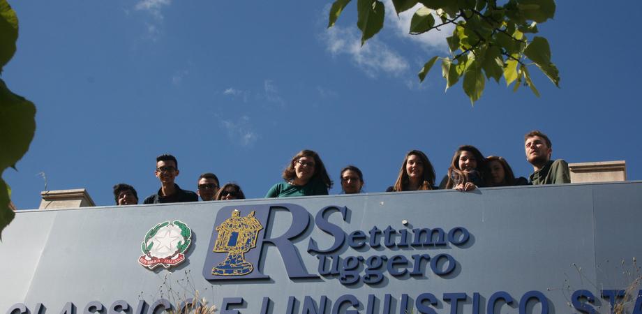 """Settimana corta al Liceo classico """"Settimo"""" di Caltanissetta: 5 giorni in classe per gli studenti"""