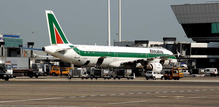 Alitalia taglia i voli per la Sicilia, arriva Volotea con tariffe low cost sulle rotte soppresse