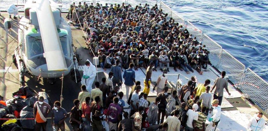 L'accoglienza a Lampedusa in una miniserie con Claudio Amendola e Carolina Crescentini