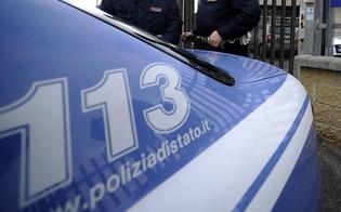 http://www.seguonews.it/abbandonano-il-figlio-in-auto-sotto-il-sole-cocente-e-si-allontanano-un-poliziotto-salva-il-piccolo