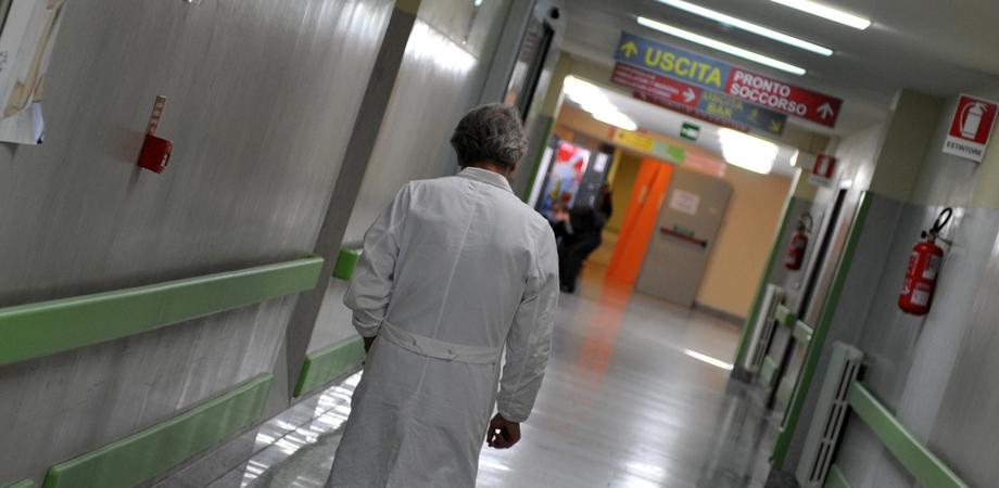Un solo medico per Pronto soccorso e Chirurgia, il sindaco di Niscemi in sciopero della fame
