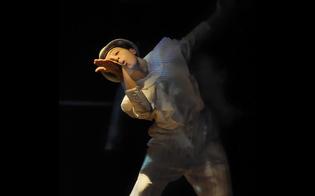 https://www.seguonews.it/nasce-a-caltanissetta-thatron-il-teatro-della-citta-tanti-gli-artisti-che-hanno-abbracciato-il-progetto