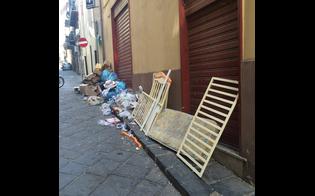 http://www.seguonews.it/cartoline-indegne-dal-centro-storico-caltanissetta-cumuli-spazzatura-culla-scaricati-in-via-gravina