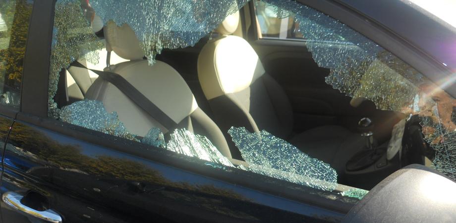 Arrestato un topo d'auto in via Redentore. Marocchino sorpreso mentre accendeva il motore