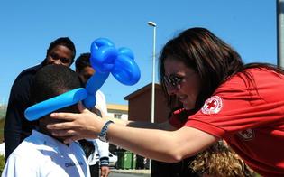 http://www.seguonews.it/la-croce-rossa-sicilia-premiata-per-lazione-umanitaria-verso-i-migranti-impegno-concreto-per-chi-ha-bisogno-di-aiuto