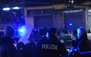 http://www.seguonews.it/guerriglia-notturna-niscemi-rissa-nordafricani-italiani-5-denunciati-in-ospedale