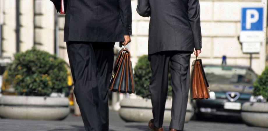 Nucleo di gestione all'ex Provincia di Caltanissetta, avviso per la nomina di due membri. Domande entro il 25 maggio