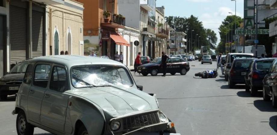 Scontro tra due auto alla periferia di Gela, muore pensionato