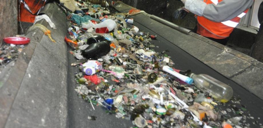 Differenziata a Caltanissetta, a che punto siamo? Martedì sindaco e tecnici illustrano la situazione