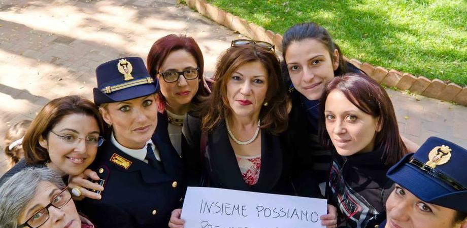 Ribellarsi alla violenza, la Polizia di Stato con le donne. Martedì un convegno e una mostra a Caltanissetta
