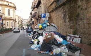 http://www.seguonews.it/rifiuti-riprende-la-raccolta-a-caltanissetta-dopo-tre-giorni-di-stop-la-ditta-oggi-si-torna-alla-normalita