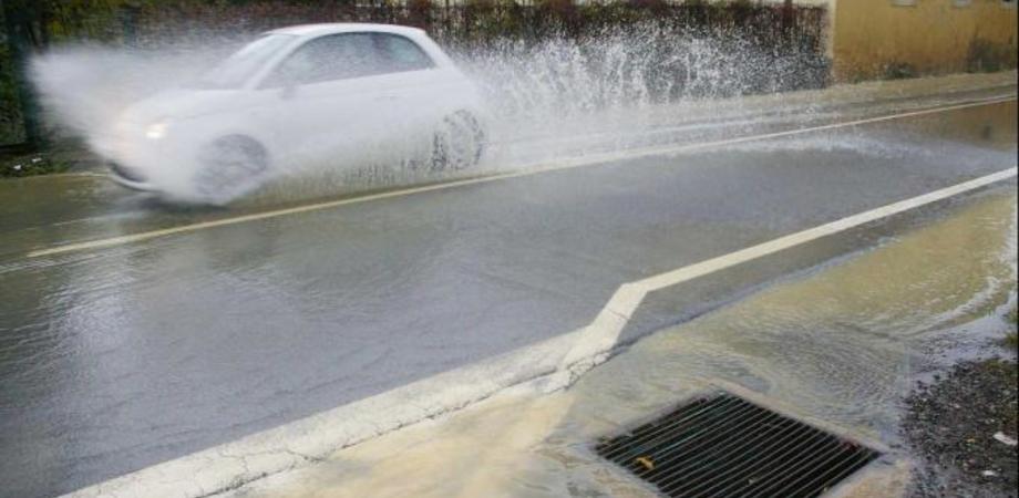 Maltempo a Caltanissetta, previste intense piogge nel pomeriggio. Allerta della Protezione civile in tutta la Sicilia