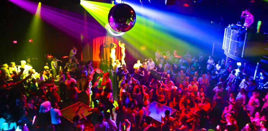 """Nuovo attentato alla discoteca """"Tanguera"""" di Gela: gestori denunciarono il racket"""